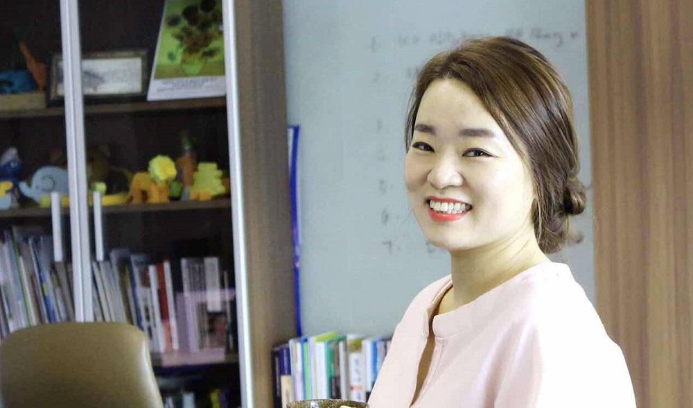 在中國生活了10多年的朴哈娜是一名韓國人,她表示,發現淘寶和中國經濟一樣增長快速,加上受身邊開淘寶店的朋友影響,於是自己也開始在淘寶創業之路。
