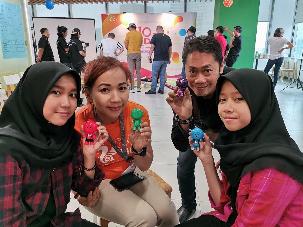 阿里巴巴印尼辦公室的員工們。