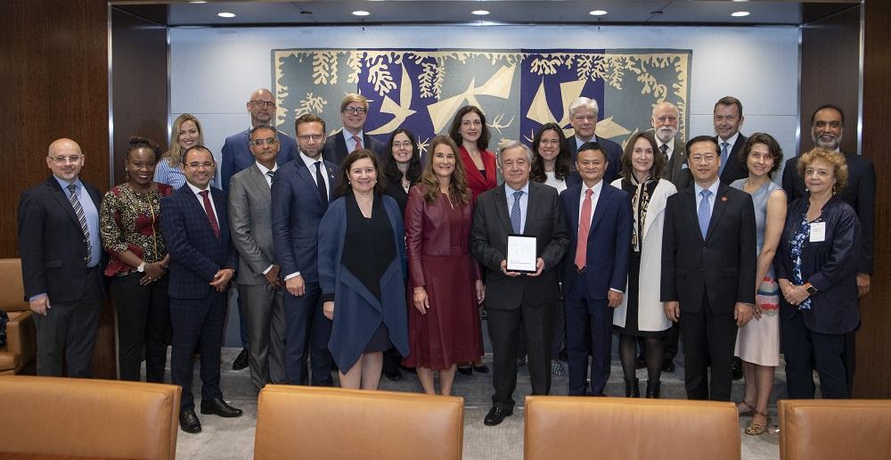 聯合國秘書長古特雷斯與數字合作高級別小組成員,中國、丹麥、芬蘭、阿聯酋等國家常駐聯合國代表及與會嘉賓。