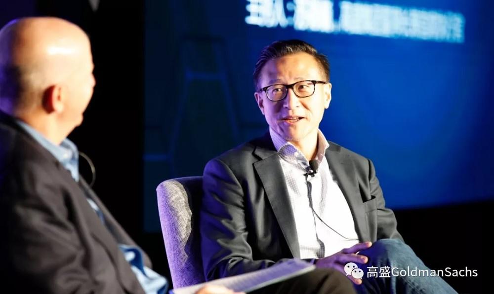 阿里巴巴集團執行副主席蔡崇信分享指,企業家必須定義自己真正想要解決的問題,且百分百專注,不然公司擴大規模時會非常容易分心。