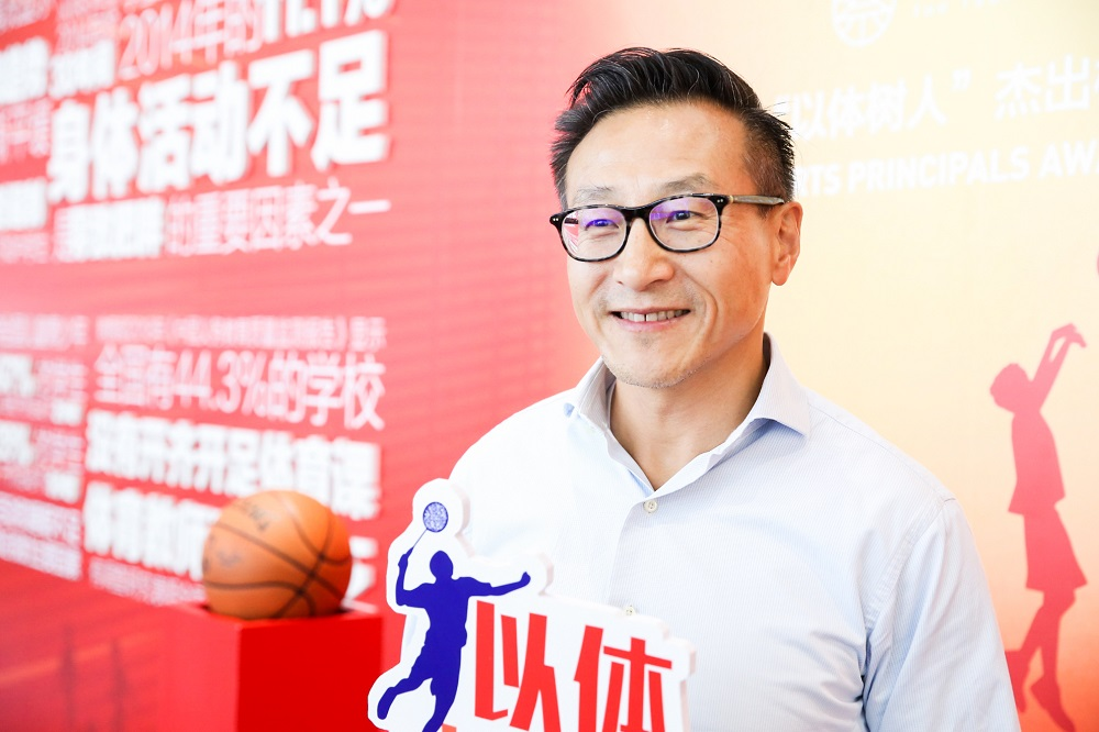 阿里巴巴集團董事局執行副主席蔡崇信接受訪問時指,中國對運動員的培育方式有改善空間,提倡將體育融入校本生活當中,改變在學青年的質素。