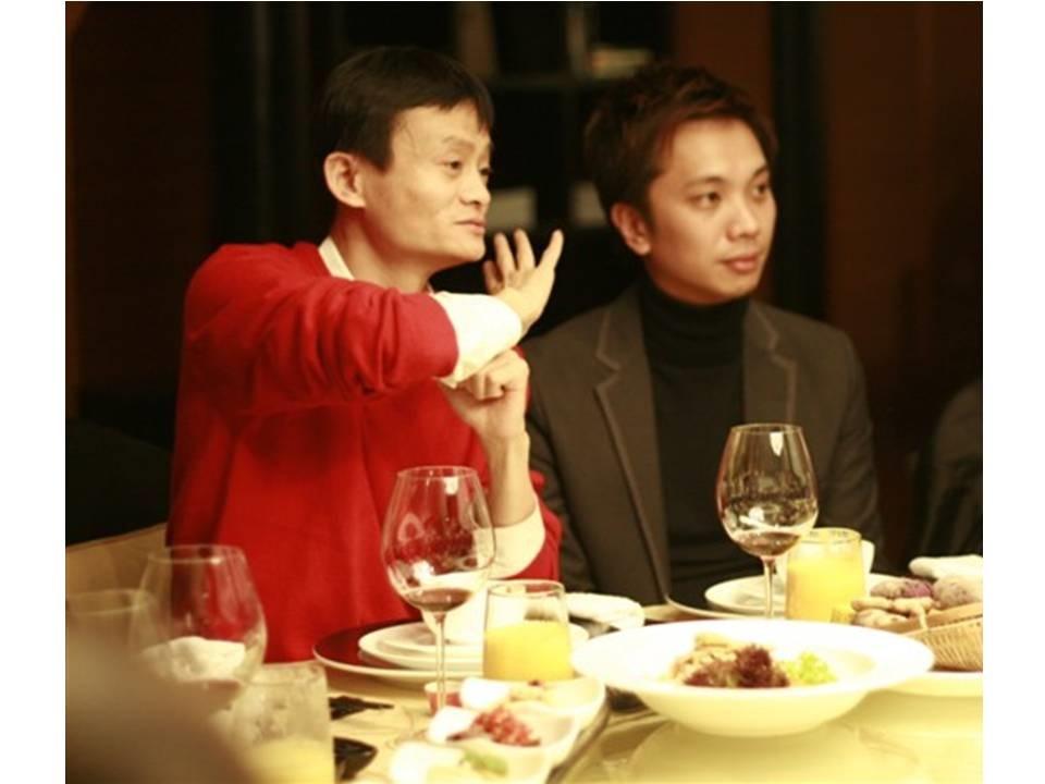 為了得到與集團董事局主席馬雲進餐的機會,楊孟翰在一年內簽下103張新的供應商訂單,打破香港及台灣紀錄。