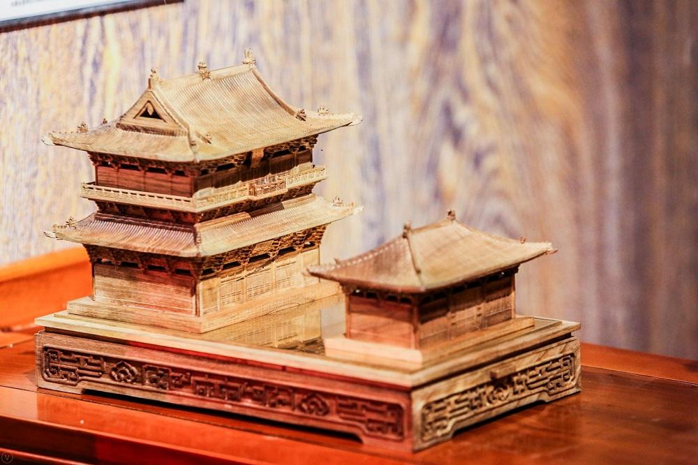 晚峰書屋:將中國古代建築中的斗拱結構,通過榫卯工藝做成積木玩具,創作出富有中國風「樂高(Lego)」積木,在造物節期間更借推出限量款積木。