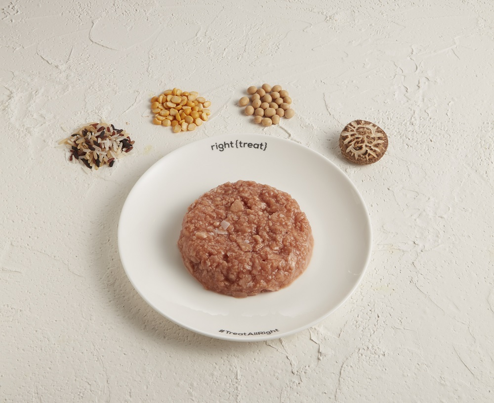 OmniPork新豬肉的原材料包括非基因改造黃豆、豌豆、菇及米,比真豬肉含有更高比例的纖維、鈣質和鐵質,較低比例的飽和脂肪及卡路里,以及零膽固醇。