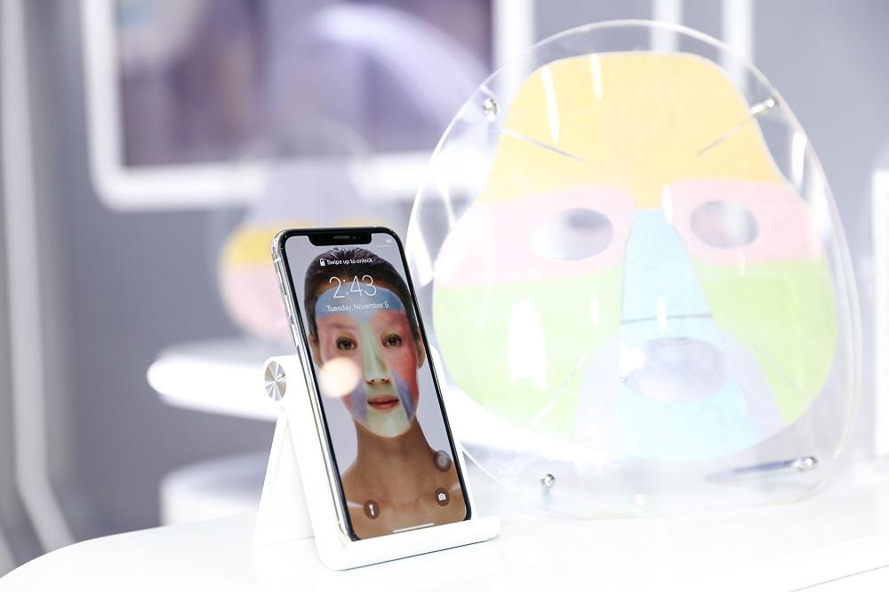 露得清首款訂製化3D打印面膜MaskiD™。