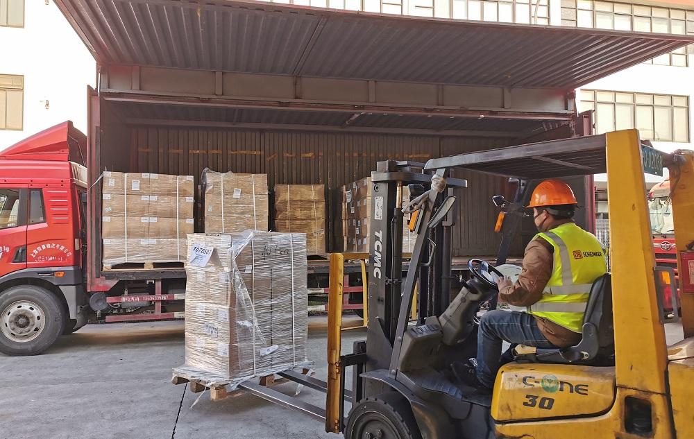 「菜鳥綠色通道」是中國快遞物流業首次發起全球救援綠色通道,承運的每一單救援物資都不收費。