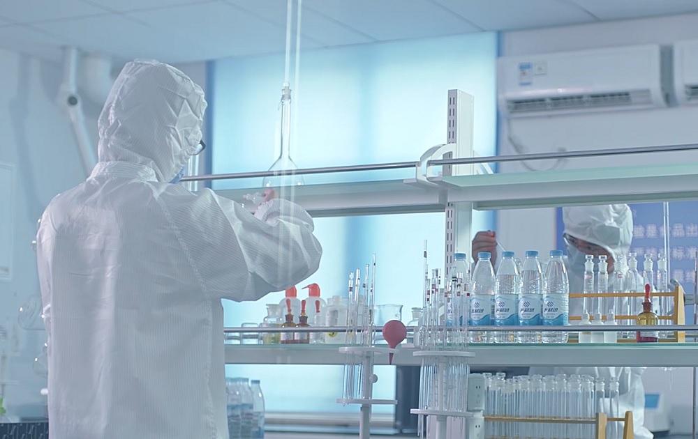 由1月29日至今,馬雲公益基金會聯合各個醫學領域權威,加快研究抗擊疫苗及防止病毒複製傳播。