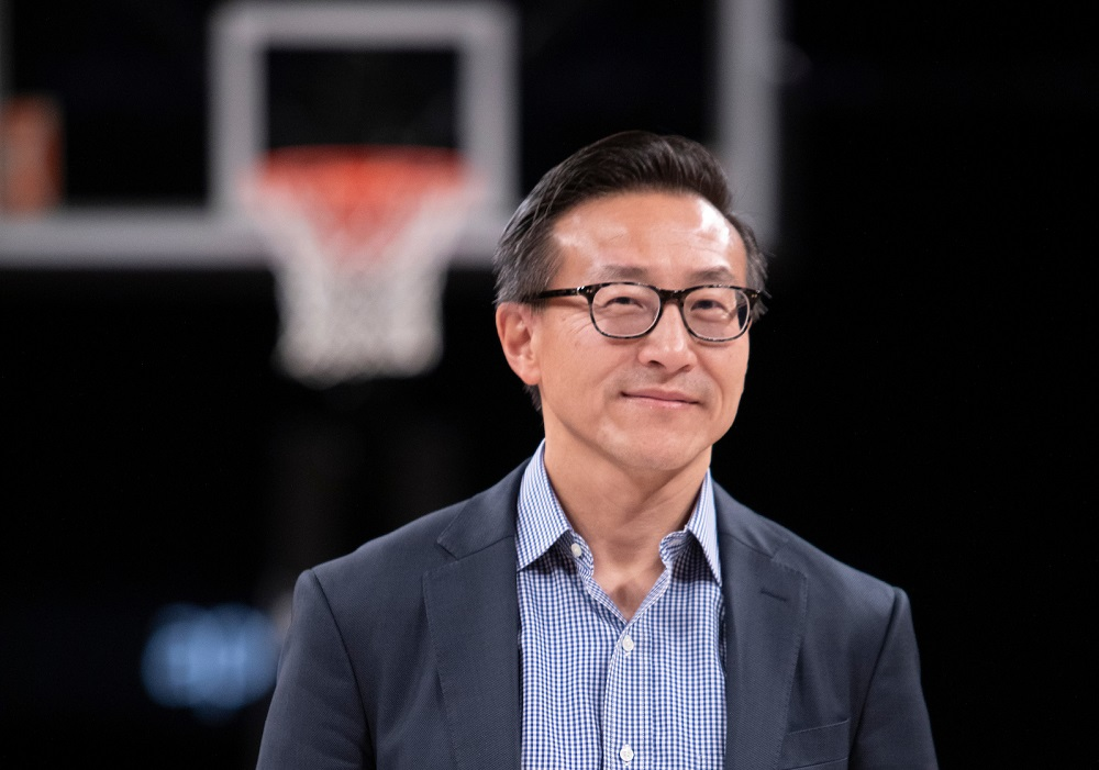 阿里巴巴集團董事局執行副主席、布魯克林籃網隊老闆蔡崇信。