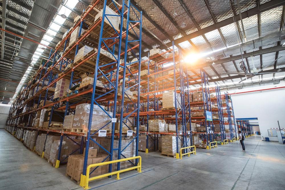 為應付疫情後的消費需求,不少海外商家特別增加備貨迎戰天貓618。圖為天貓國際的中國保稅倉。