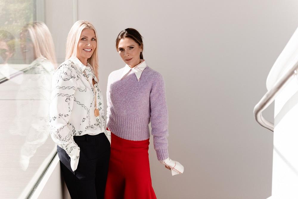 Sarah Creal(圖左)與Victoria Beckham(圖右)於去年9月共同創辦美妝品牌Victoria Beckham Beauty。